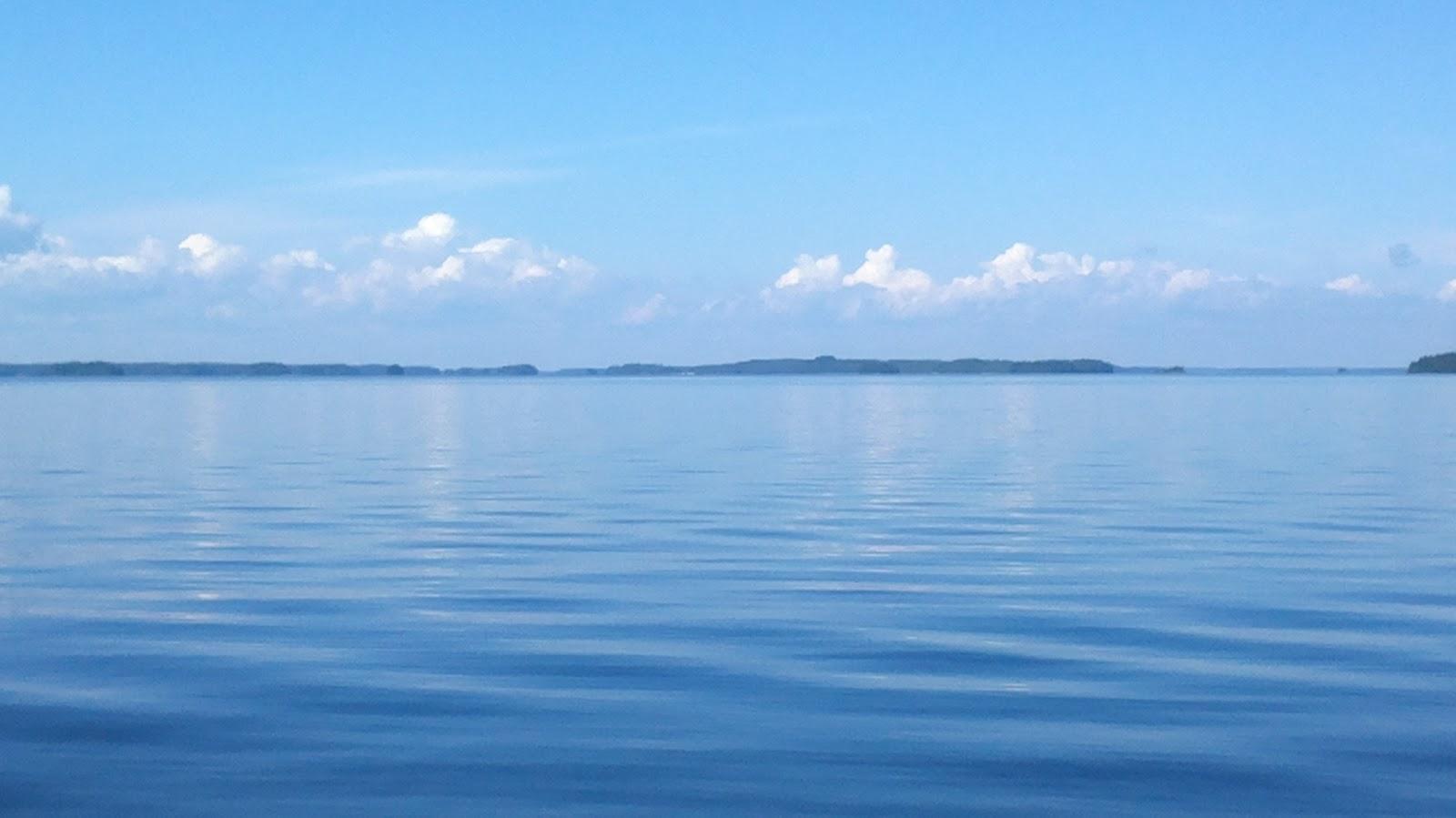 Veneilyä sinisellä Saimaalla – Boating on the blue Lake Saimaa