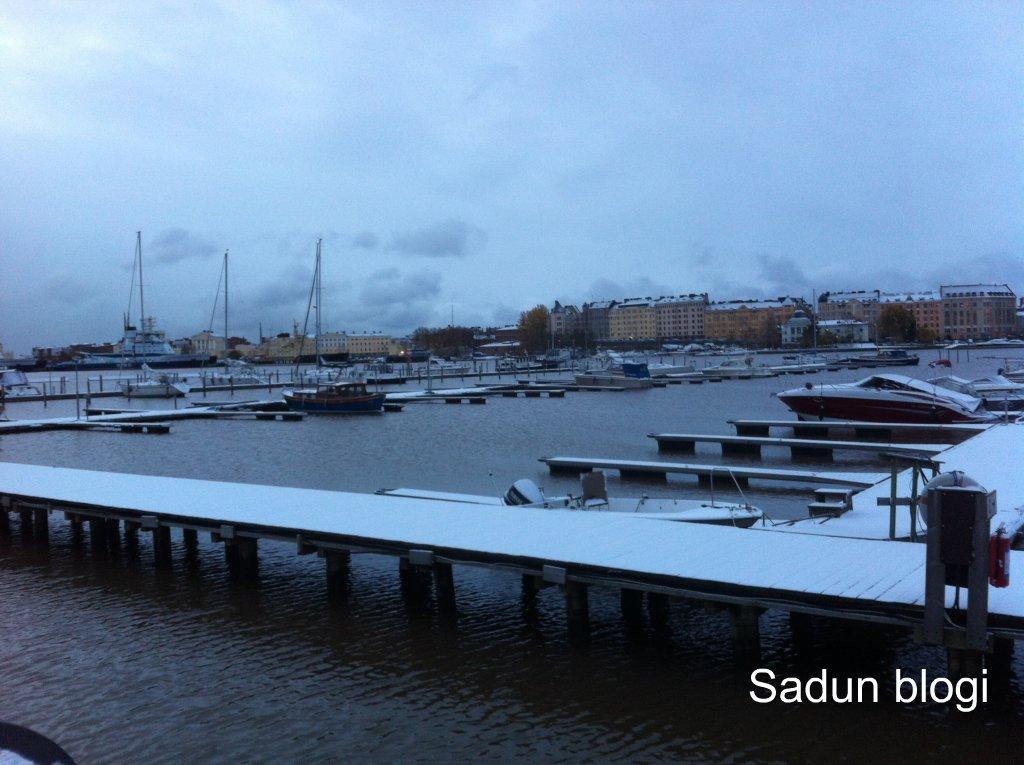 Ensilumi Helsingissä – The first snow in Helsinki