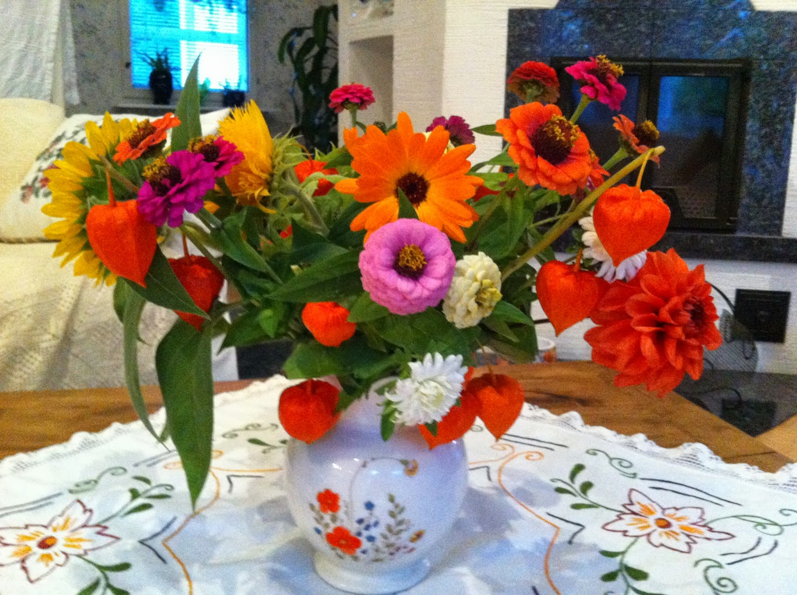 Viikonloppukimppu – Flowers for the weekend