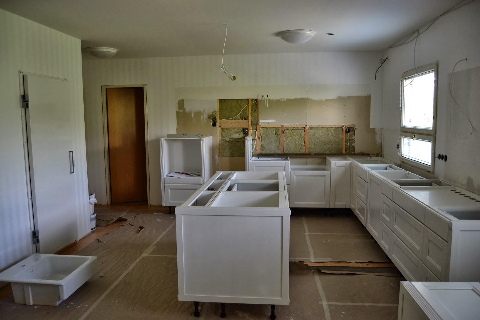 Keittiöremppakooste kesältä 2013 – Kitchen renovation summer 2013