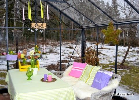 Kasvari kevätkuosiin – The vernal greenhouse