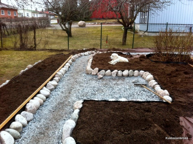 Multa loppui – viimeinen kuulutus illan ARVONTAAN! – Garden path part 3