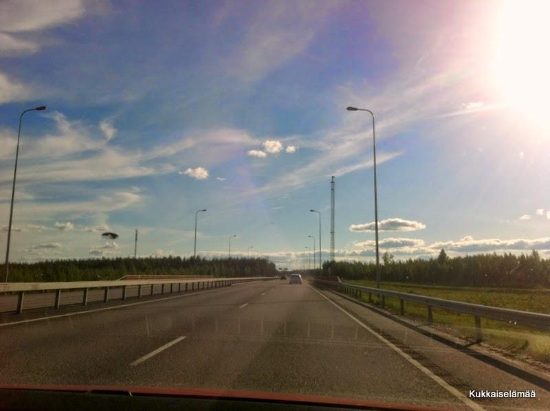 Reissu Helsinkiin – On road again