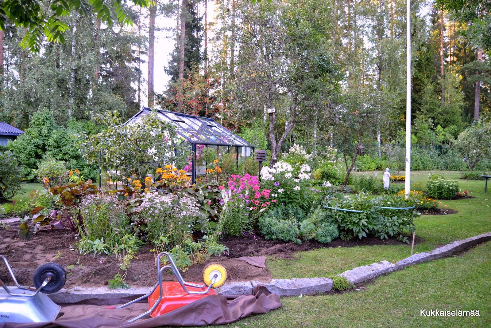 Tuumasta toimeen! – Garden project began