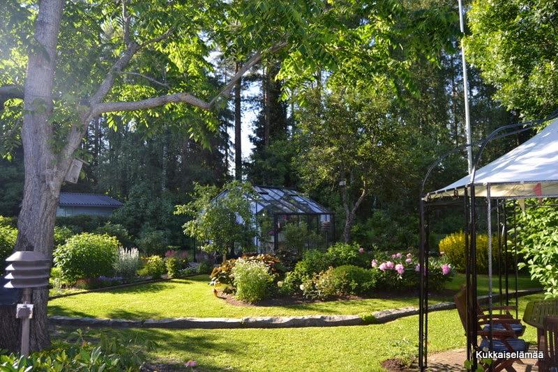 Missä kevät luuraa?? Tule jo! – I miss my garden!