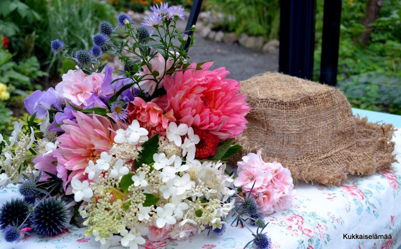 Kukkaiselämää! – My Flowering Life!