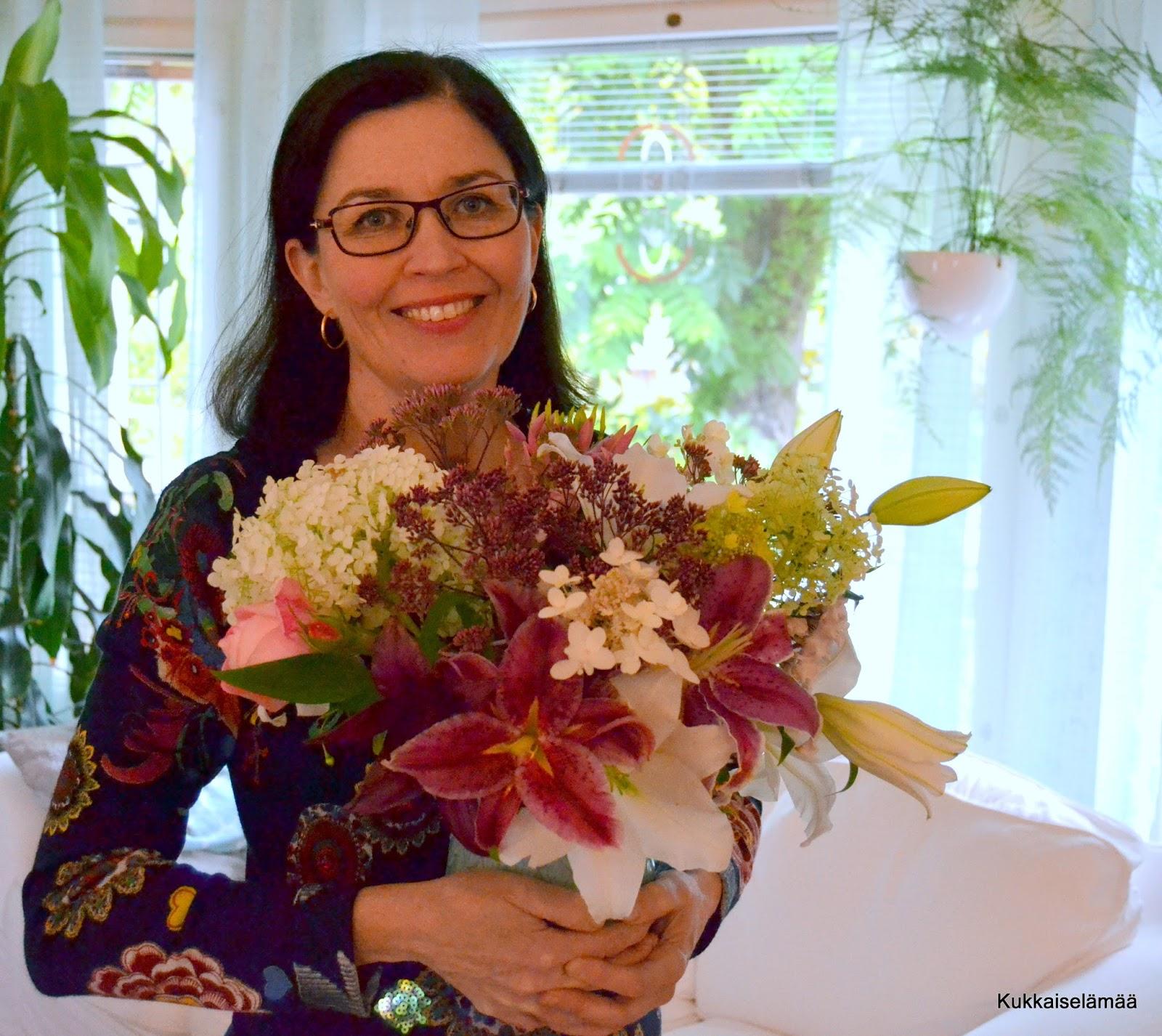 Syksyn ja kevään kukkia + arvontamuistutus!