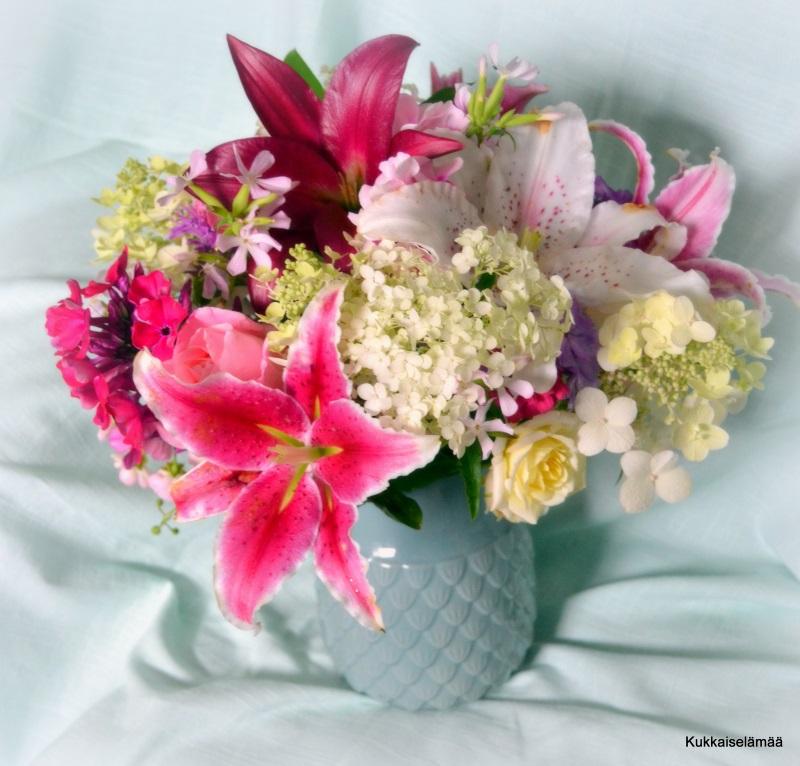 Kukkaisaa viikkoa! – Flowers, flowers!